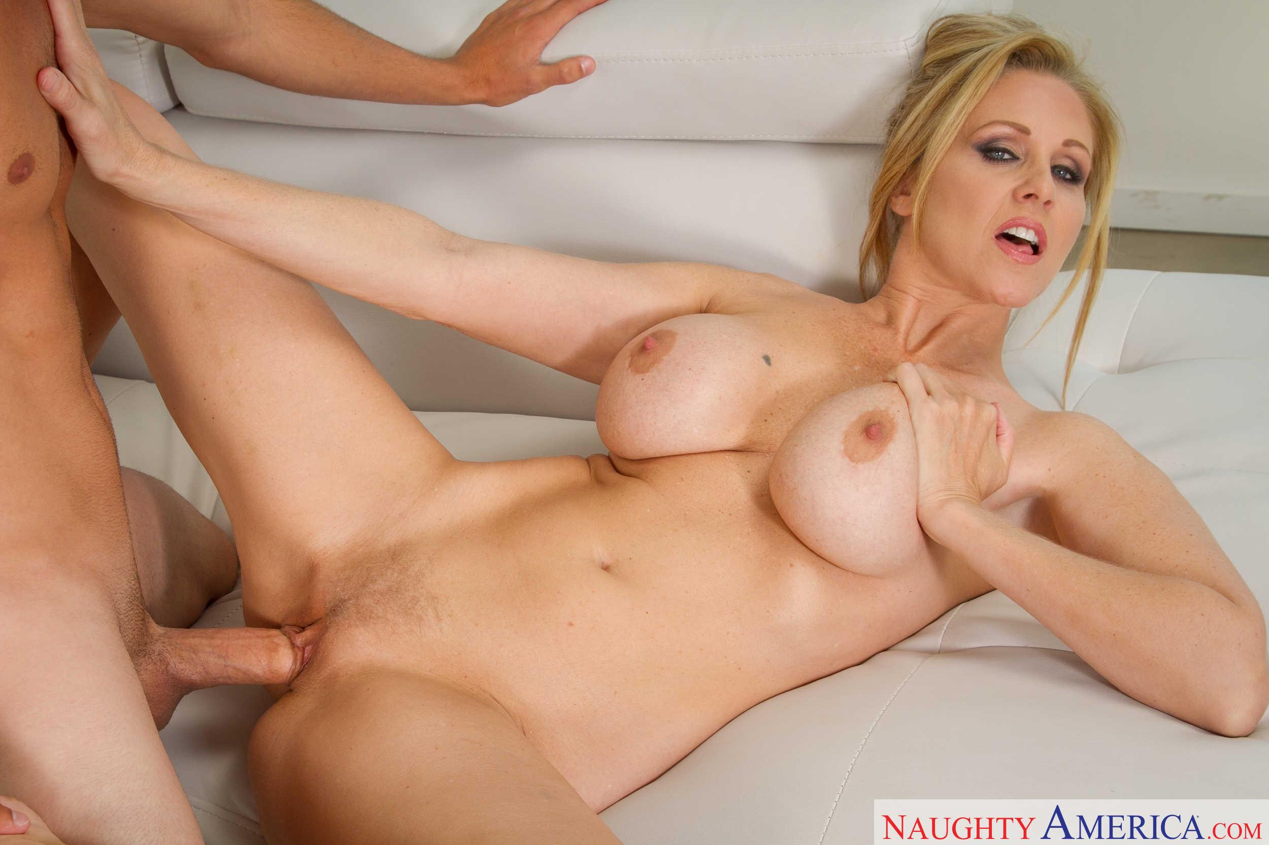 julia nickson nude photos